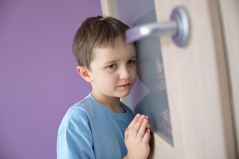 Kinderarmut Foto Daniel Jedzura/Shutterstock